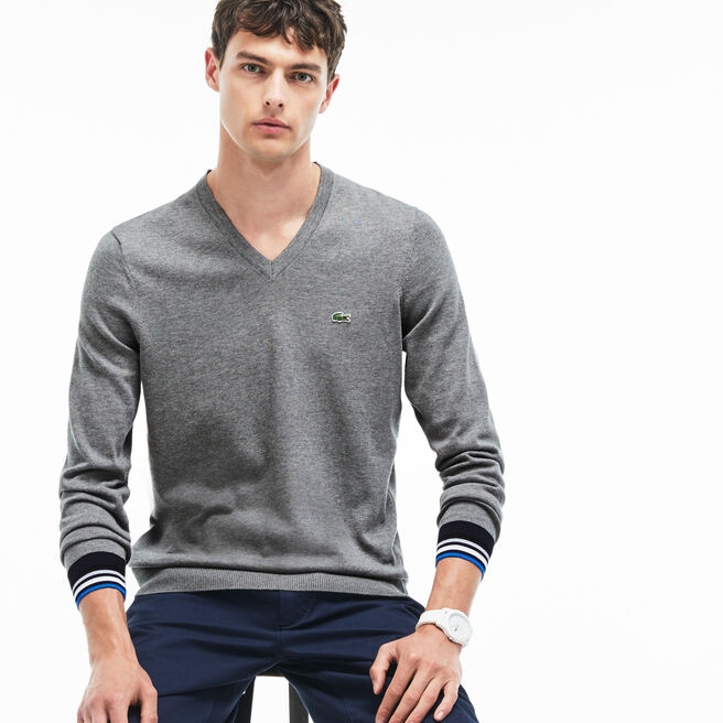Herren-Pullover aus Jersey mit V-Ausschnitt und Kontrastsäumen